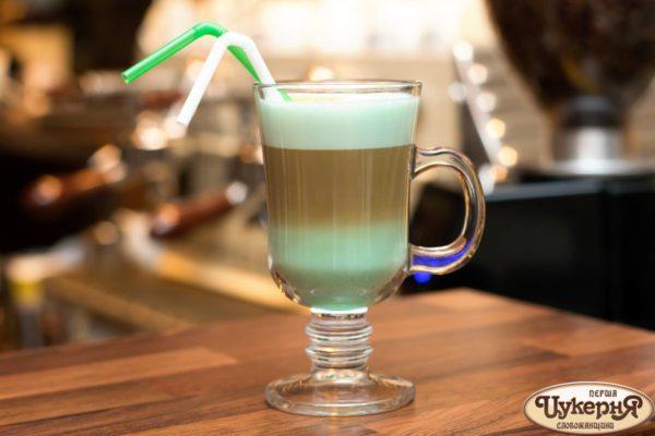 Коктейль кофейный с мятой