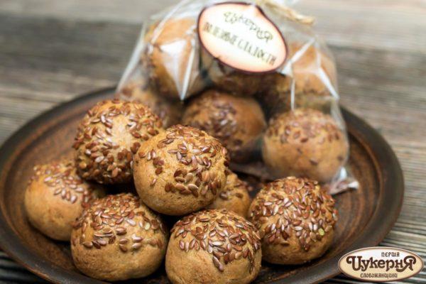 Постные хлебцы с черносливом