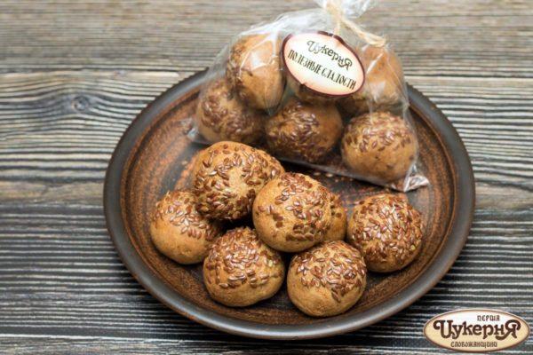 Хлебцы со льном и черносливом