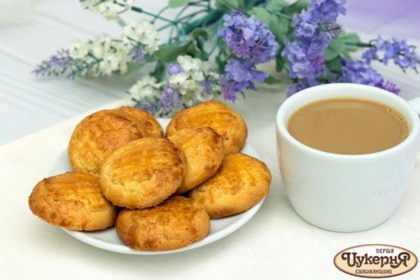 Печенье Сабле с чашечкой кофе