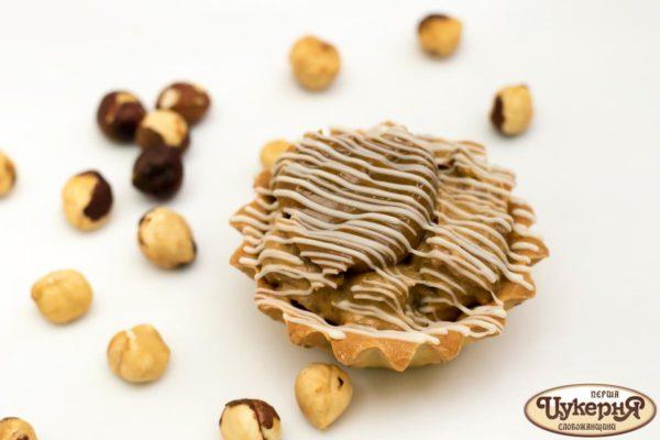 Корзинка карамельная с грецким орехом