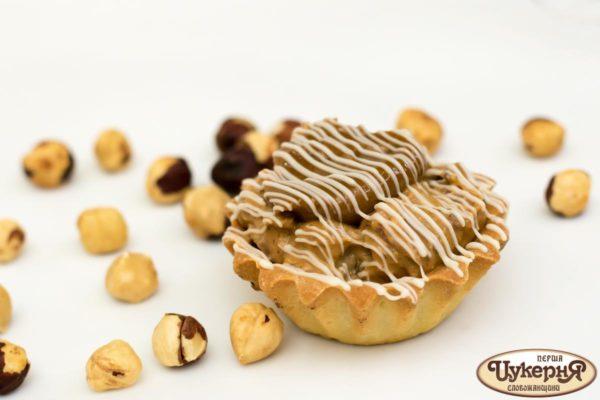 Корзинка карамельная с орехами