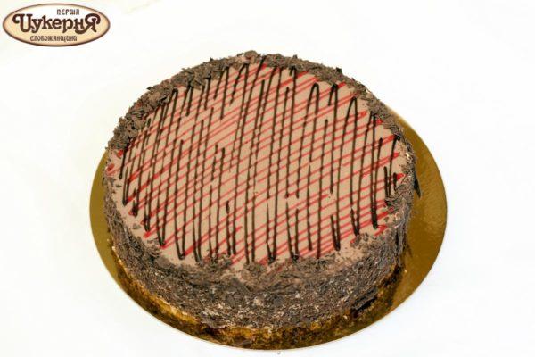 Торт шоколадно-клубничный