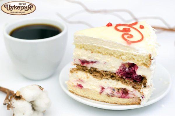 Фруктовый торт с чаем