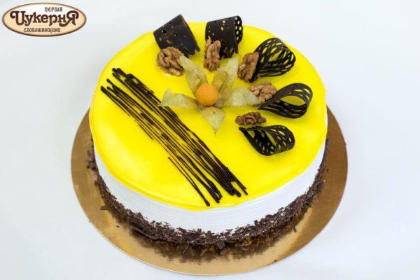 Медовый с черносливом торт